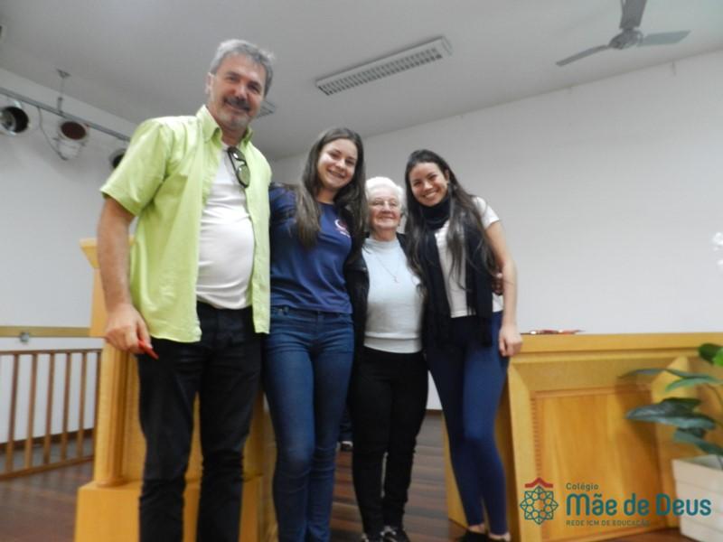Cine Fórum do Projeto Ação Solidária- 1ª série!